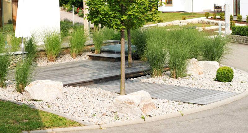 entr e parvis all es d acc s cour et parking paganelli auclair paysagiste par nature. Black Bedroom Furniture Sets. Home Design Ideas
